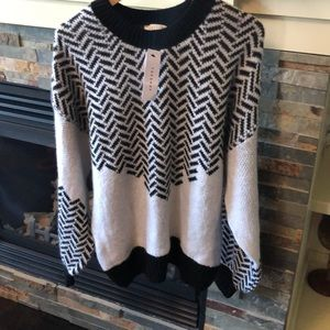 TopShop women's sweater size 8-10 NWT